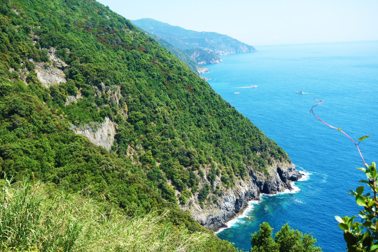 View from the Monterosso al mare to Vernazza footpath